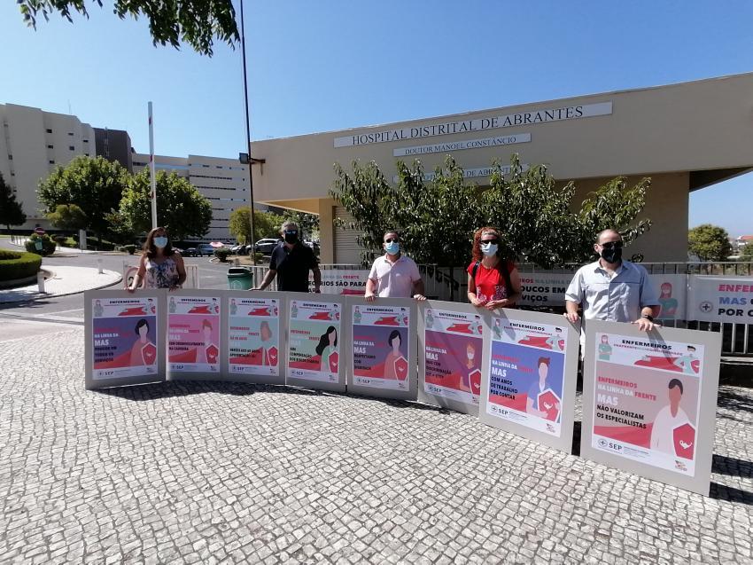 Enfermeiros do CHMT em protesto por valorização das carreiras (DR: Antena Livre)