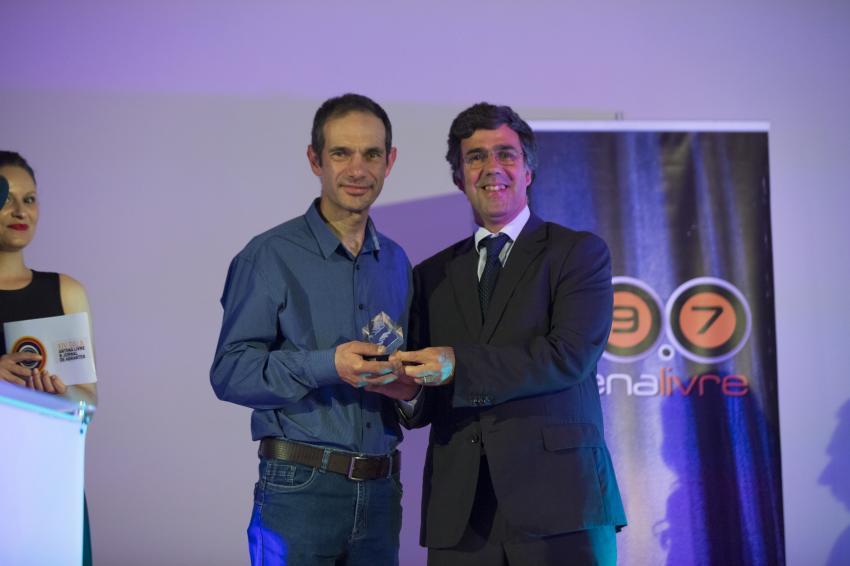Jorge Baeta recebe o Galardão pelas mãos de Nuno Falcão Rodrigues